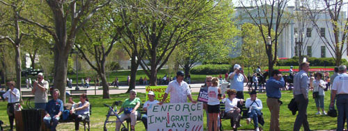 rally-enforce-laws-wh.jpg