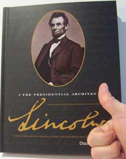 lincoln-thumbsup-250.jpg