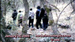 illegal aliens crossing border