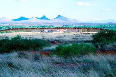 Border Fence Rally