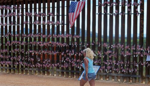border-fence-500.jpg
